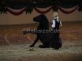 IMG_1041 Kerstin Brein u. ihre 5 kleinen Ponys - Freiheitsdressur (Holsteiner Gala Abend 2014)