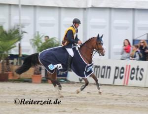 Holger Wulschner u. Fine Lady (Siegerrunde Hagen Riders Tour 2014)