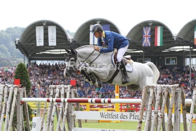 IMG_2340 Christian Ahlmann u. Cornado II (Aachen 2016)
