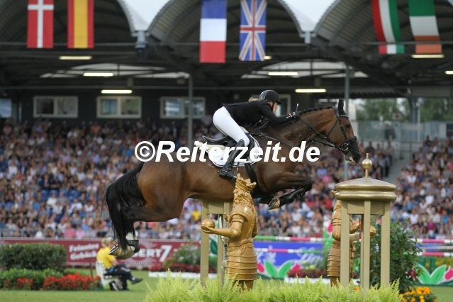 IMG_8175-Janne-Friederike Meyer-Zimmermann u. Fortuna (Aachen 2017)