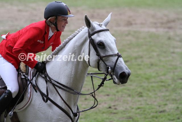 IMG_9664 Meredith Michaels-Beerbaum u. Fibonacci 17 (EM Aachen 2015)